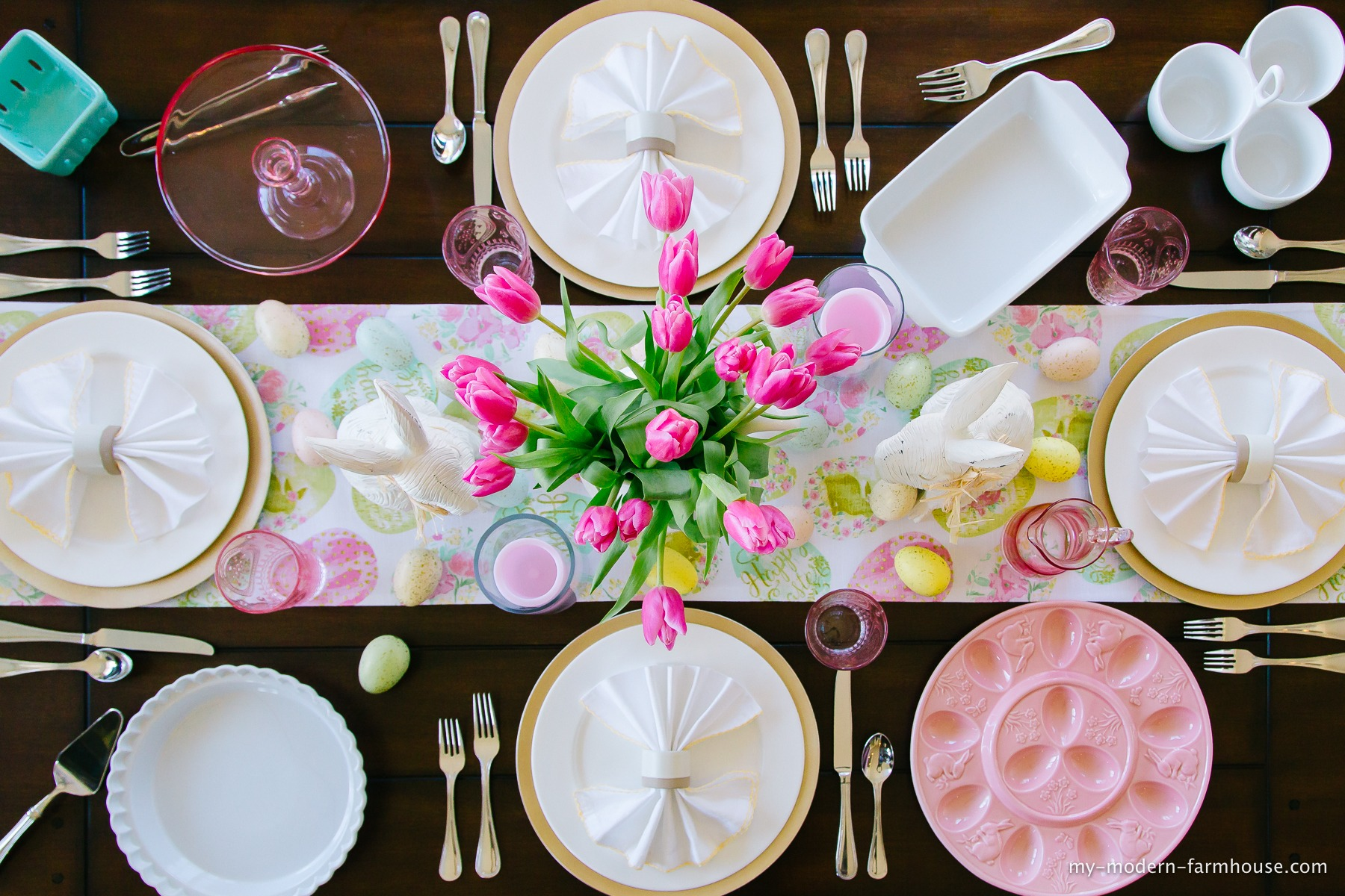 Creating An Inviting Easter Tablescape